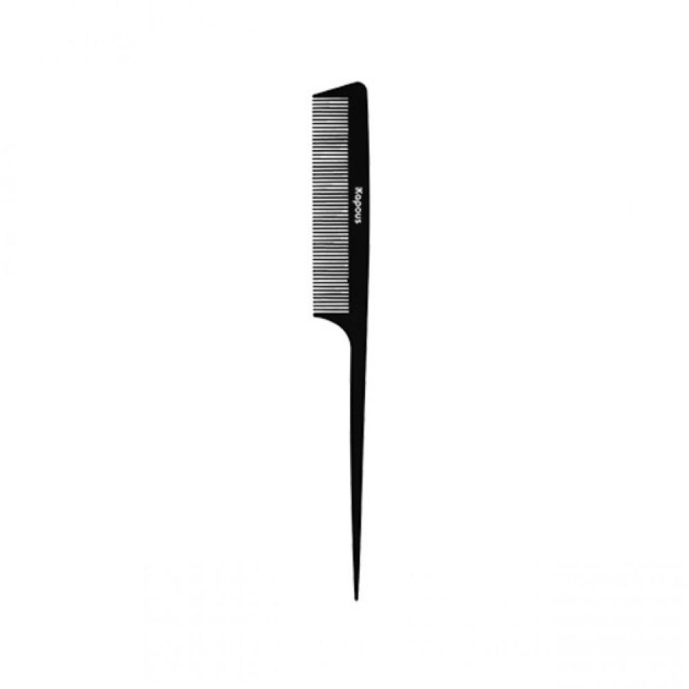 Расческа парикмахерская с пластиковым хвостиком «Carbon fiber» 229*25 мм Kapous